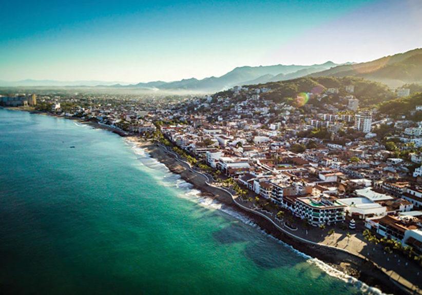 Puerto-Vallarta-malecon-and-shore-tour